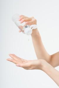 化粧水と手